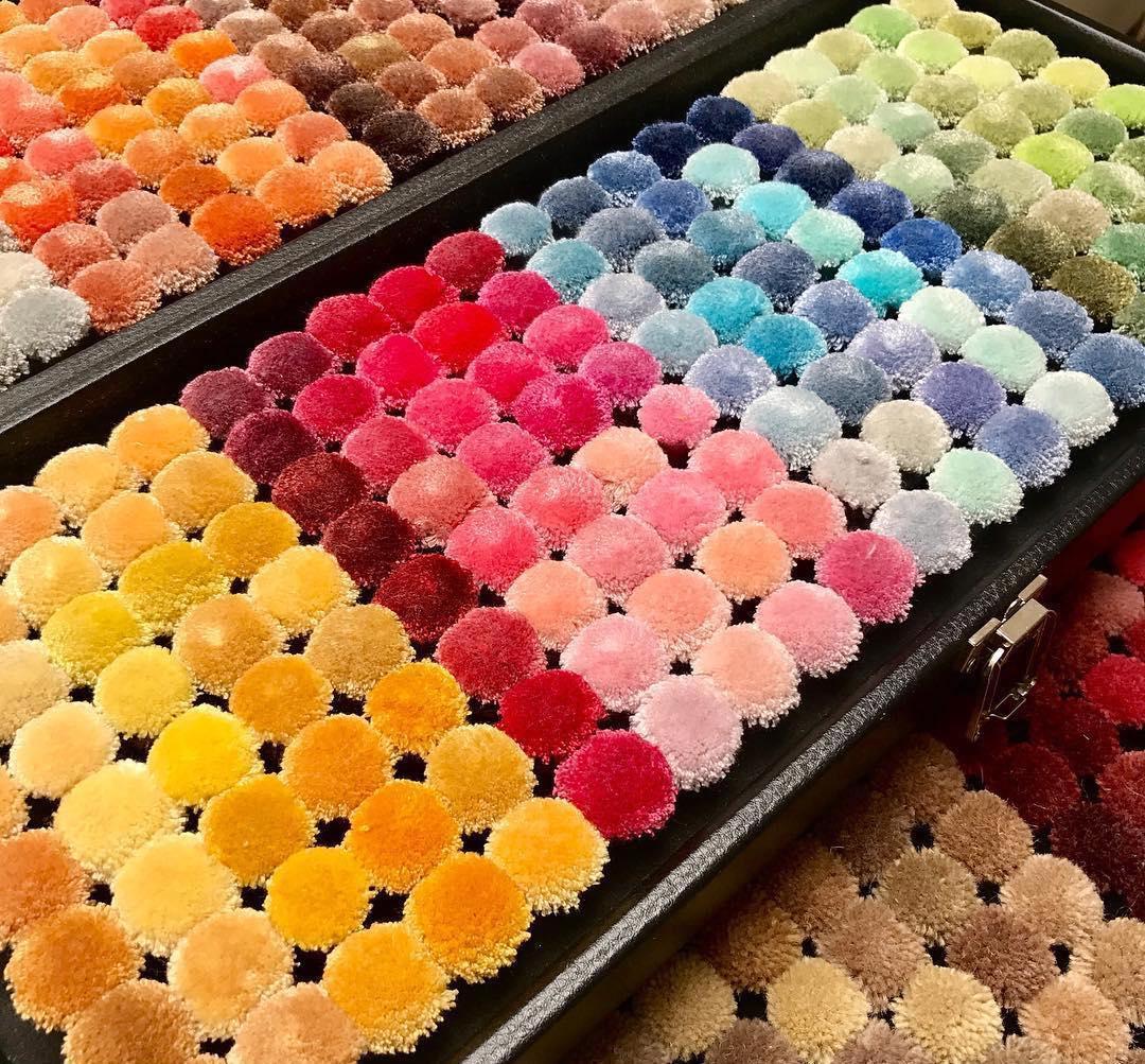 Комплект от цветове