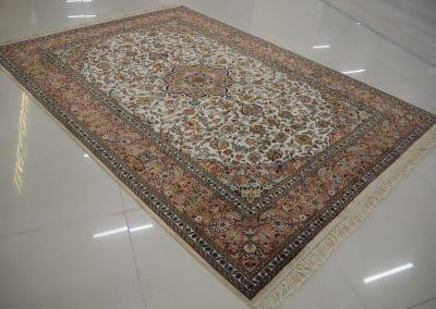Кашмир – индийски ръчно тъкан килим от коприна 214 х 155 см