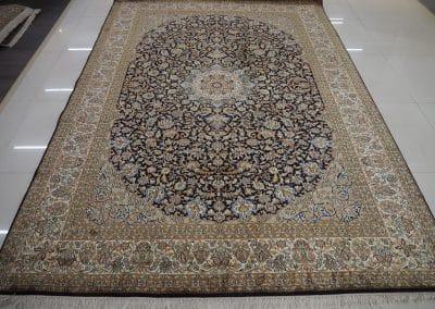 Кашмир – индийски ръчно тъкан килим от коприна 281 х 190 см