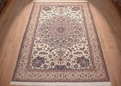 Наин 6ла — персидский ковер ручной работы. Материал шерсть и шелк. Страна Иран. Размер 320 х 220 см