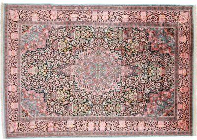 Кашмир — индийский шелковый ковер ручной работы. Состав 100% шелк. Страна Индия. Размер 279 х 189 см