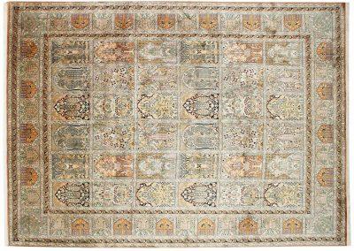 Кашмир — индийский шелковый ковер ручной работы. Состав 100% шелк. Страна Индия. Размер 298 х 214 см