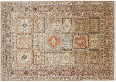Кашмир – индийски ръчно тъкан килим от коприна 292 х 203 см