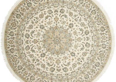 Наин – персийски ръчно тъкан килим от вълна и коприна – 255 х 255 см