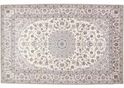 Наин – персийски ръчно тъкан килим от вълна и коприна – 332 х 216 см