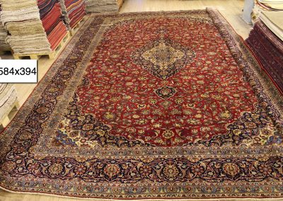 Персийски ръчно тъкан килим – 100% вълна – 584 х 394 см