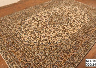 Персийски ръчно тъкан килим – 100% вълна – 360 х 244 см