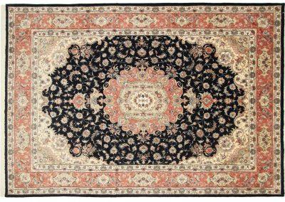 Табриз – персийски килим от финна вълна и коприна – 360 х 250 см