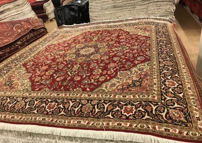 Табриз – персийски килим от финна вълна и коприна – 204 х 200 см