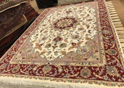 Табриз – персийски килим от финна вълна и коприна – 296 х 200 см