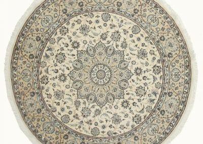 Наин – персийски килим от финна вълна и коприна – 250 х 250 см
