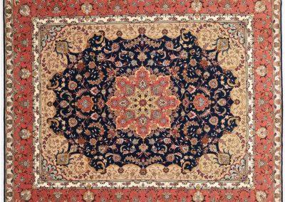 Табриз – персийски килим от финна вълна и коприна – 297 х 250 см