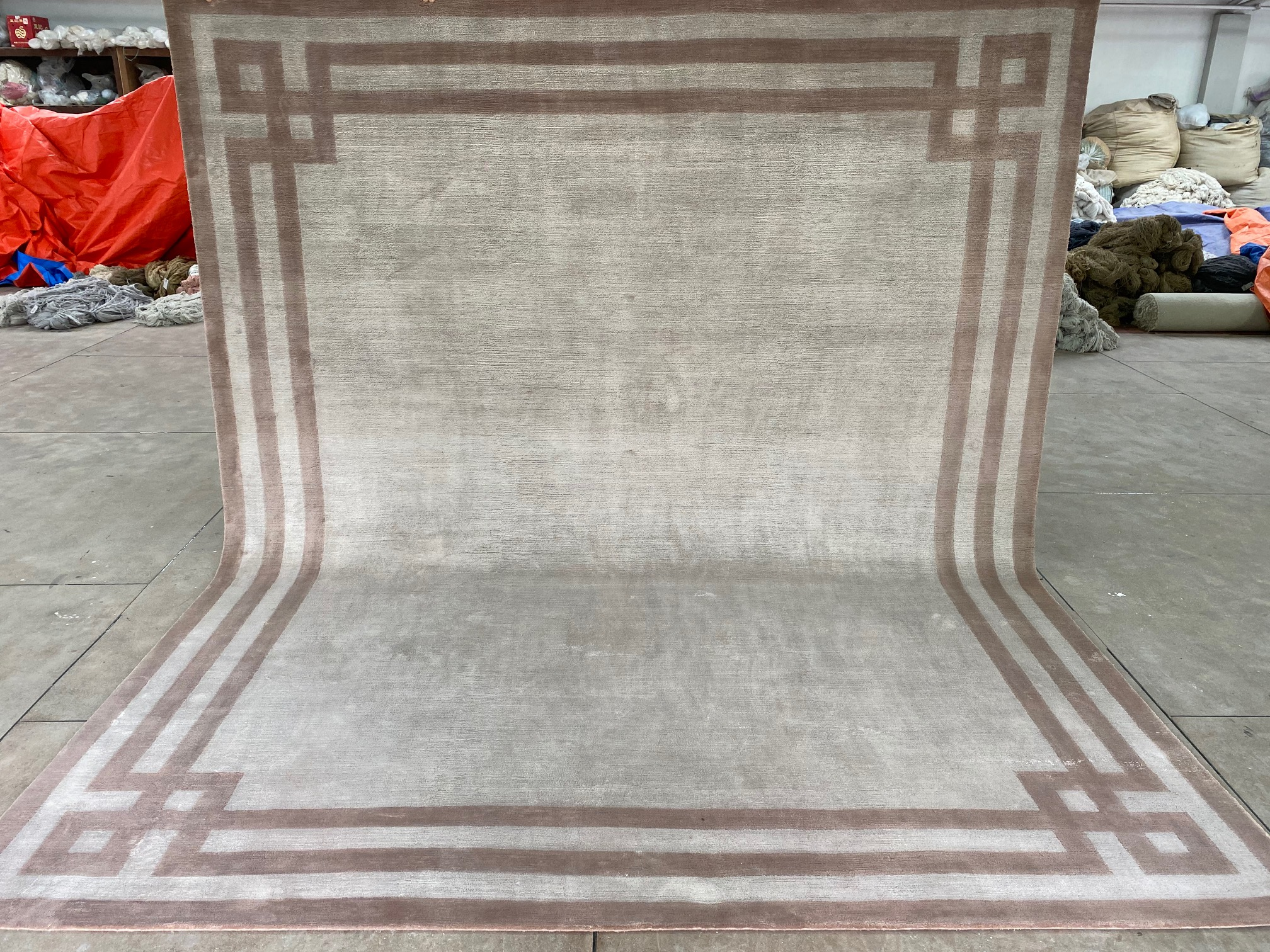 Luxury hand knotted rugs